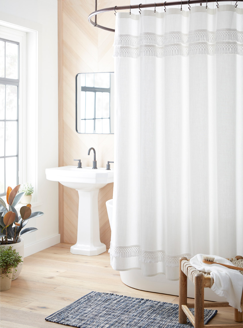 2407_Shower-Curtain-Threshold-Macrame-Fringe_1140H